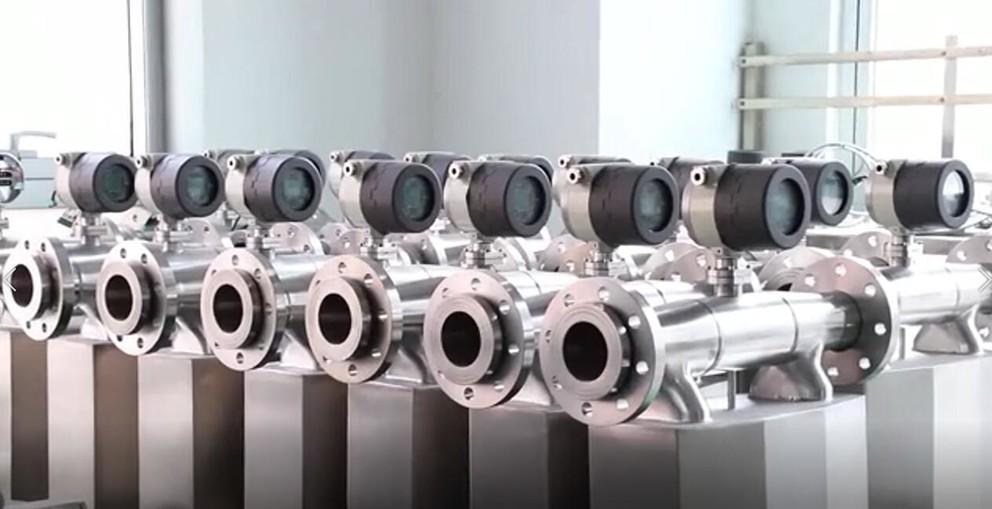 Sincerity coriolis mass flow meters' vacuum brazing furnace heating, welding, curving procedure.